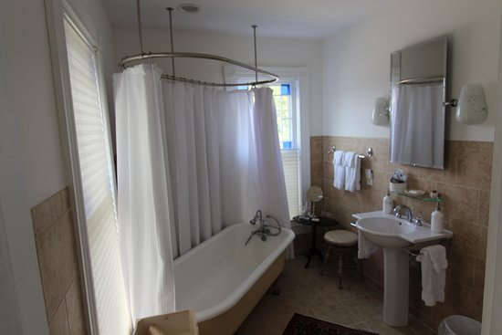Provence Bathroom Clawfoot Tub With New Shower Picture Of The