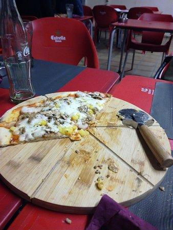La Pizzeria: Buenisima