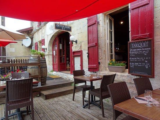 Chateauneuf-sur-Charente, Francia: entrée restauration