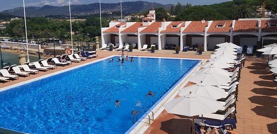 Hostal de La Gavina: Stunning pool, restaurant, bar, and that super spa!