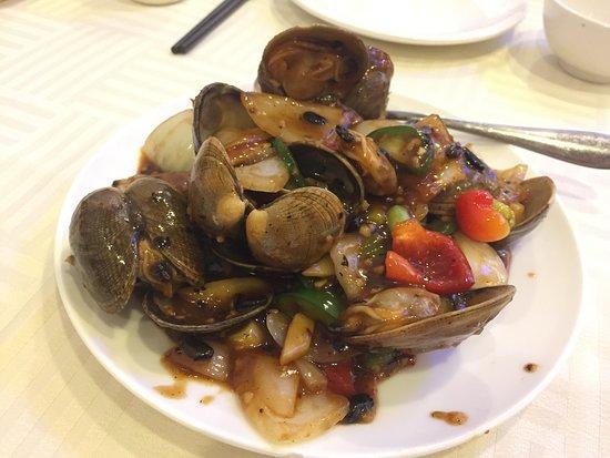 Rowland Heights, Kalifornien: Stir-fried Clams with Black bean sauce 鼓椒炒蜆