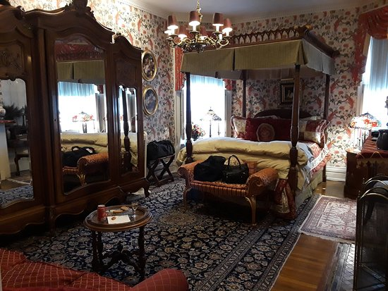 Central Park Bed and Breakfast: Peacock room