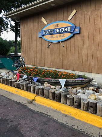 Waseca, MN: The Boat House