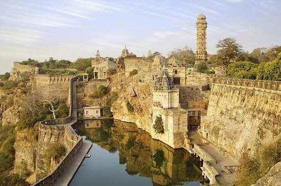 Chittorgarh Fort Skip-the-Line...