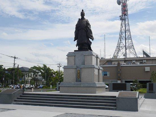 Nabeshima Naomasa Bronze Statue
