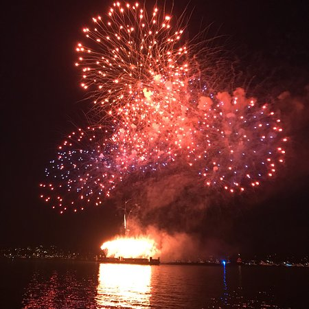 i got the hook up fireworks best dating sites over 55
