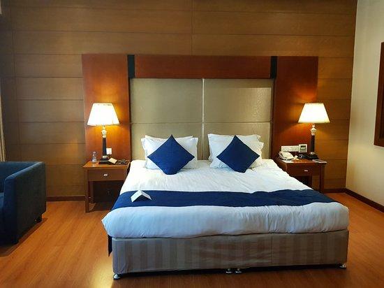 Review: Don't Use the Pool - Hotel Diva, Manama, Bahrain - TripAdvisor