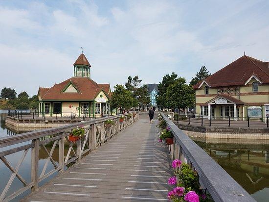 Pierre & Vacances Village Belle Dune: vu d'ensemble en arrivant sur la place