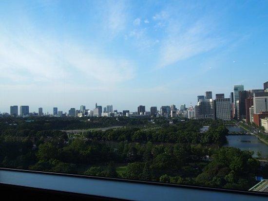 日比谷公園を眺めながら。