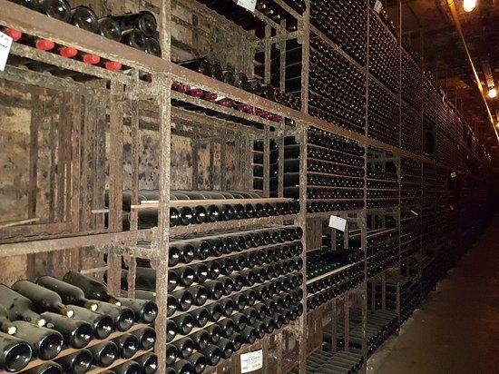 Winery Robbers & Van Den Hoogen