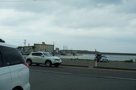 Uminoeki Wando: すぐ前が海