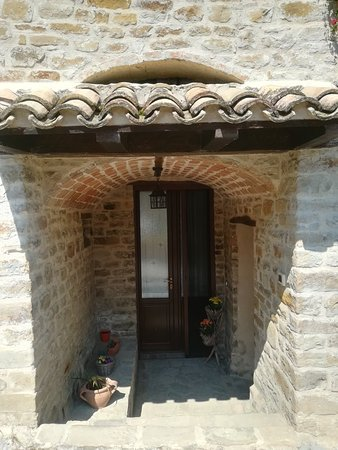 Castiglione Messer Raimondo, Италия: IMG_20180728_154548_large.jpg