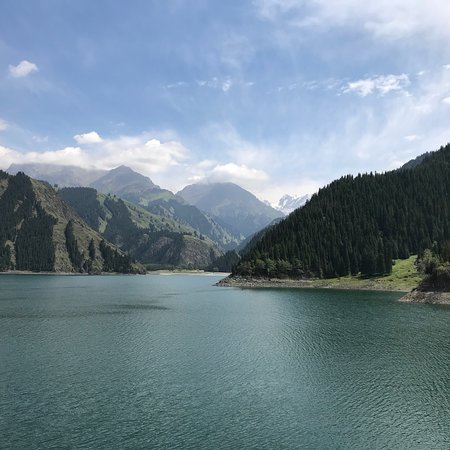 Xinjiang County, Kina: Tian Chi Lake