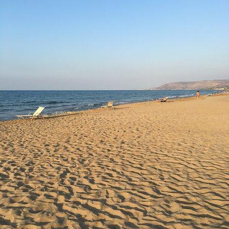 Pilot Beach Resort: photo1.jpg