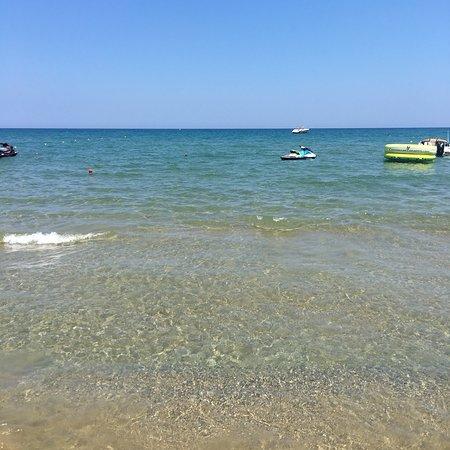 Pilot Beach Resort: photo2.jpg