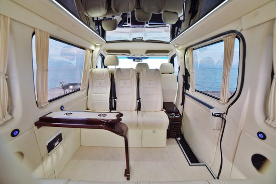 Arillas, Yunani: Mycorfudriver s Mercedes-Benz FIRST CLASS VIP VAN up to 7 people