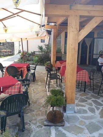 Valmozzola, Italia: 20180729_150244_large.jpg