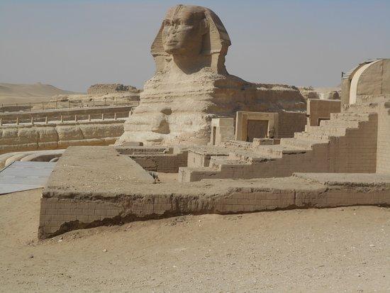 The Sphinx - - ギザ、大スフィ...