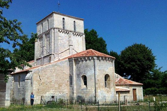 Eglise Notre-Dame d'Oulmes