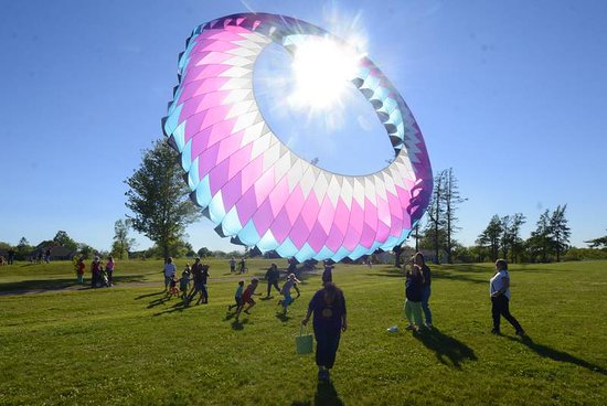 Amherst, Canada: A great place to fly an enormous kite!