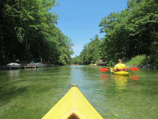 Honor, MI: kayaking down the river