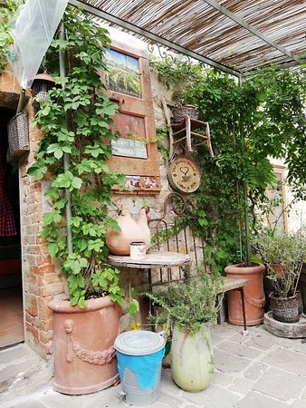 San Gusme, Olaszország: IMG_20180729_111211_large.jpg