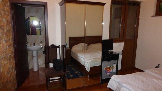 Haghpat, أرمينيا: Typical room view