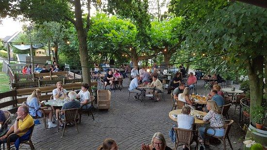 Delfgauw, Niederlande: outside eating area