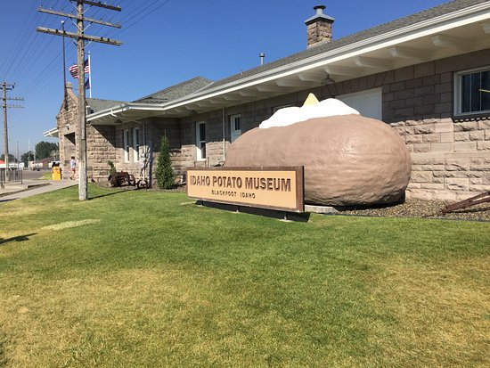 Blackfoot, ID: Outside view of the Museum.