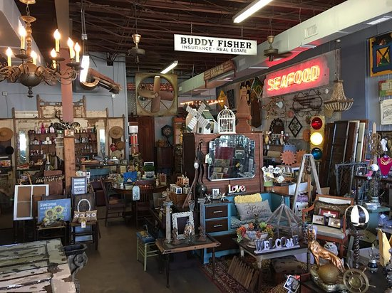Bryan, TX: Rabbit Hole Shop