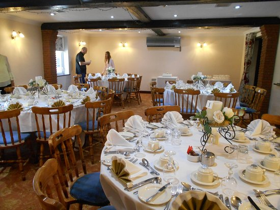 Crostwick, UK: The tables ready for our guests