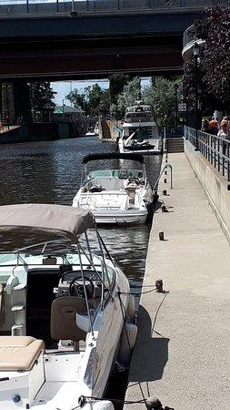Sainte-Anne-de-Bellevue Canal: 20180729_141325_large.jpg