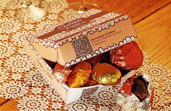 Sassi del Piave in cioccolato gli originali solo da Stefano ...