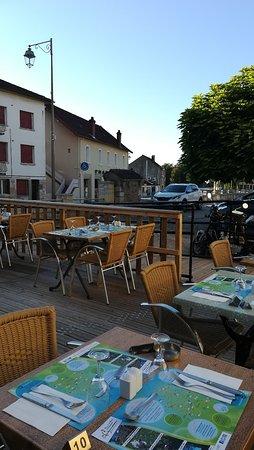 Cuiseaux, فرنسا: IMG_20180729_192705_large.jpg