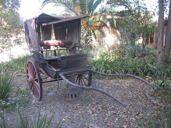 Curimon, Chile: Carruaje, parte de la muestra del museo