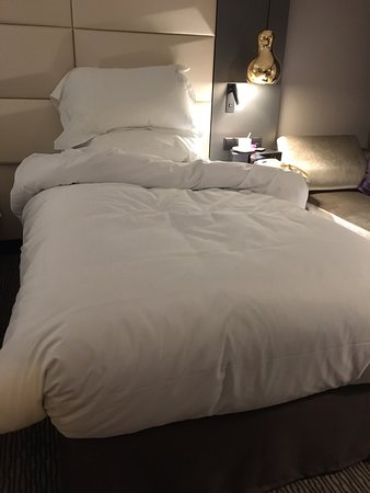 very nice and comfortable mattress and pillows