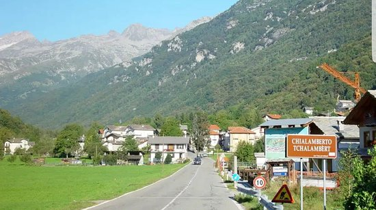 Chialamberto, Włochy: Albergo Albero fiorito