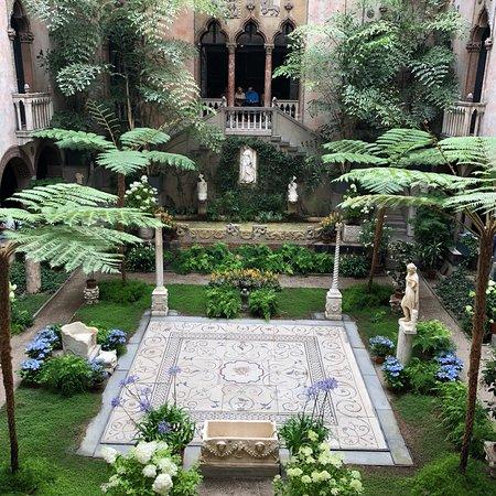 Isabella Stewart Gardner Museum: photo1.jpg
