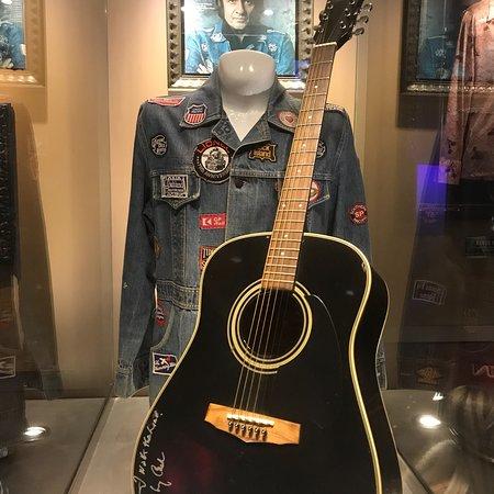 Hard Rock Cafe Four Winds: photo7.jpg