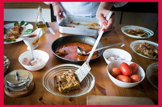 ボローニャのセザリナの家でのショークッキングでの食事体験