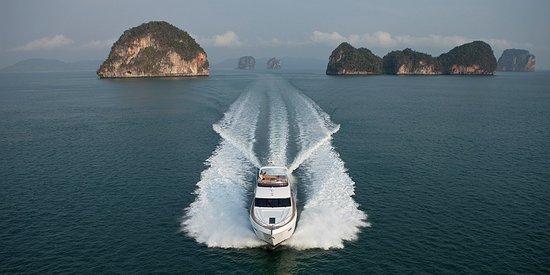 Oceania Yachts & Marine