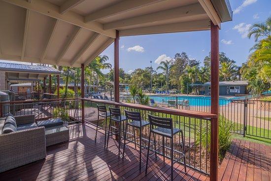 Blue Dolphin Holiday Resort 3 Bedroom Villa Deck