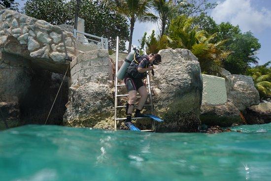 Dorp Sint Michiel, Curaçao: Zugang zum Meer