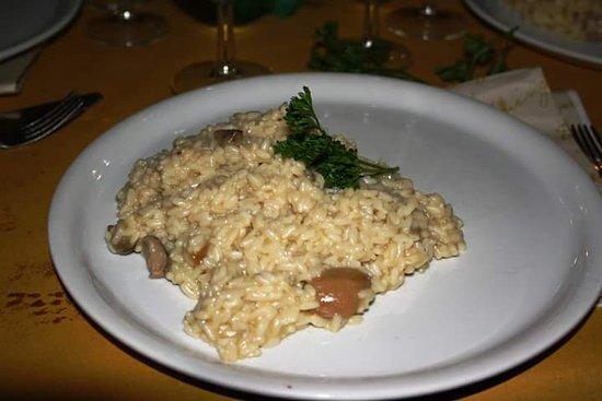 Osteria Antico Boschetto: risotto con funghi porcini