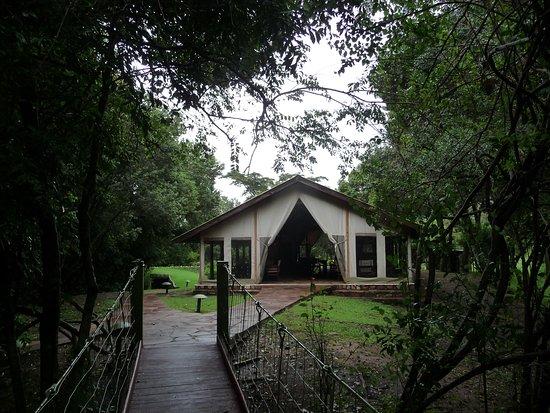Sekenani Camp: Dinning tent