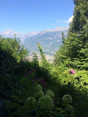 Pila, Italia: Aosta vista dal B&B