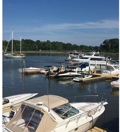 Chesapeake Inn Restaurant and Marina: View from upper deck.