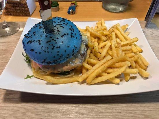 Snack-Bar Airö: Ottimo hamburger personalizzato!