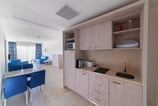 Ramla Bay Resort: One Bedroom apartment (self-catering unit)