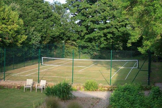 St Hilary, UK: Grass Tennis Court